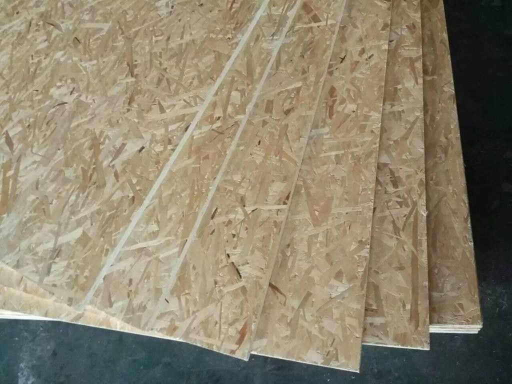 Melamine Covered OSB Chipboard Sheets , Good Nailing Strength OSB Board 4x8